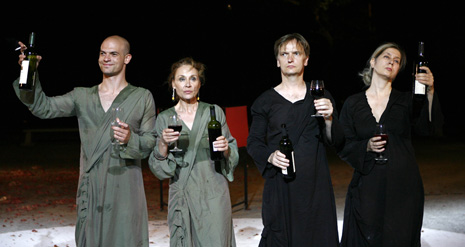 54. Splitsko ljeto (u vrtu Ville Dalmacija): Euripid, Bakhe, redatelj Oliver Frljić,