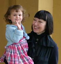Dženisa Pecotić s unukom, foto: Frane Marić