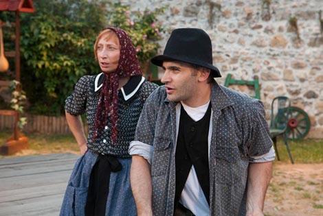 Glumačka družina Histrion: Nino Škrabe, Idu svati, mlade ni, red. Georgij Paro