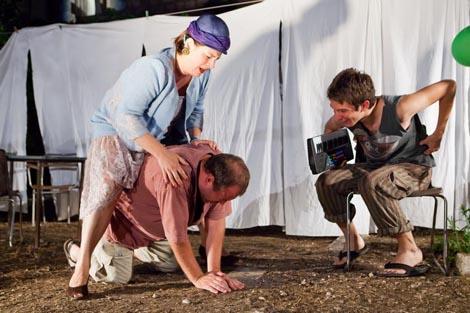 Festivalski dramski ansambl 62. Dubrovačkih ljetnih igra: Vlaho Stulli, Kate Kapuralica, red. Dario Harjaček