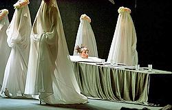 (Омский академический театр драмы), Rusija: Maksim Gorki, Na ljetovanju, red. Evgenij Marčelli