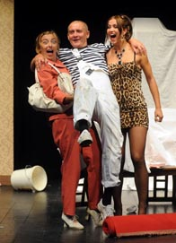 Gradsko kazalište mladih Split: Donald Churchill, Pitur, red. Stojan Matavulj